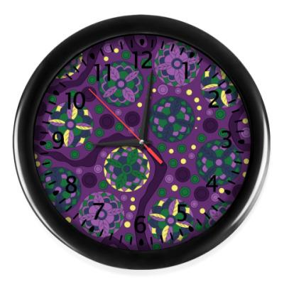 Настенные часы Фиолетовый узор