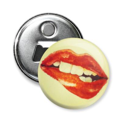 Магнит-открывашка Lips