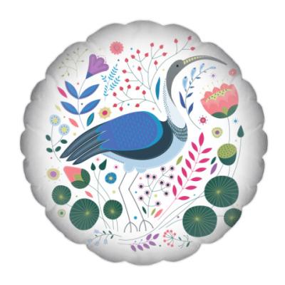 Подушка Ибис среди цветов