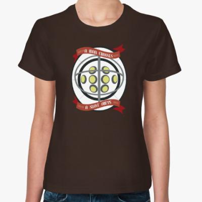 Женская футболка BioShock A man chooses