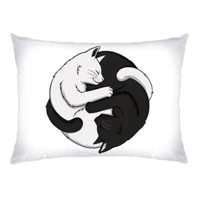 Черный и белый кот инь-ян