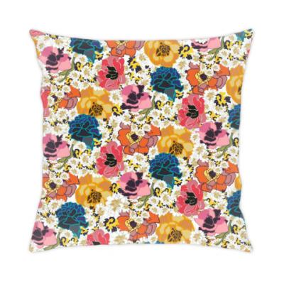 Подушка цветочки