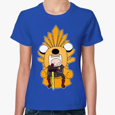 Женская футболка Adventure Throne