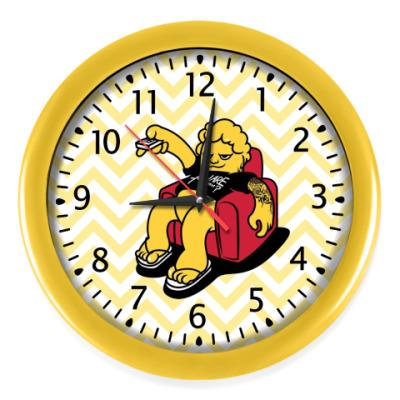Настенные часы LAZY MAN