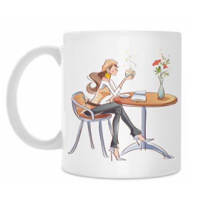 Кружка Девушка пьёт чай