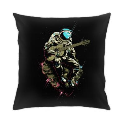 Подушка Космонавт с гитарой