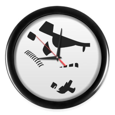 Настенные часы Штурмовик