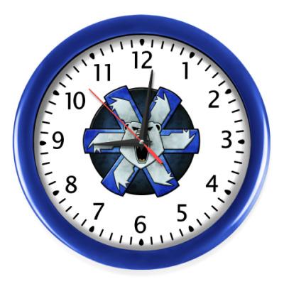 Настенные часы 'Agry bear'