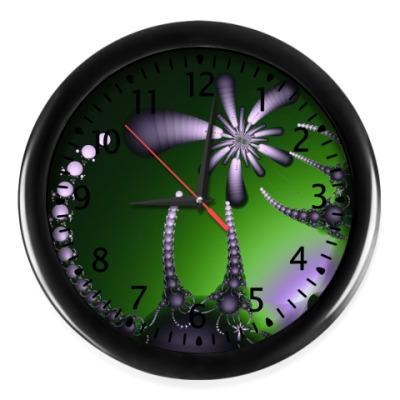 Настенные часы В плену