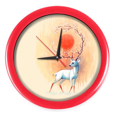 Настенные часы Дух весны белый олень