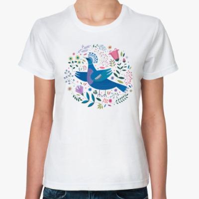 Классическая футболка Венценосный голубь среди цветов