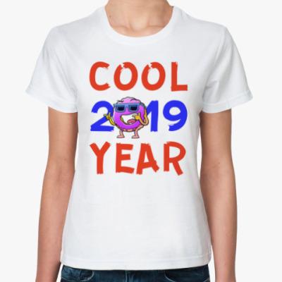 Классическая футболка COOL YEAR 2019