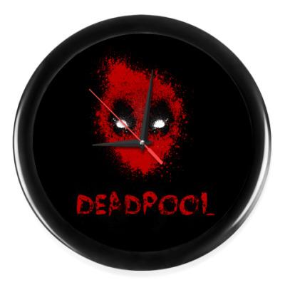 Настенные часы Deadpool
