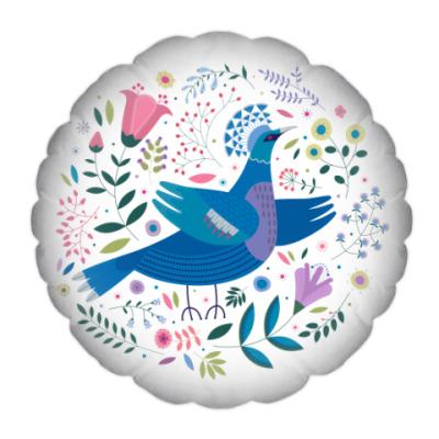 Подушка Венценосный голубь среди цветов