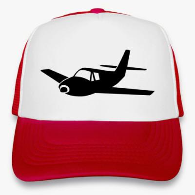 Кепка-тракер самолет