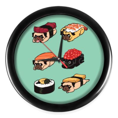 Настенные часы Суши мопс