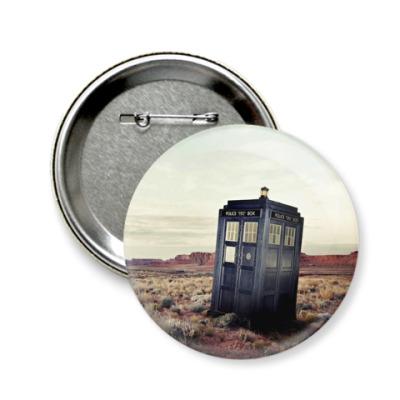 Значок 58мм TARDIS In The Desert