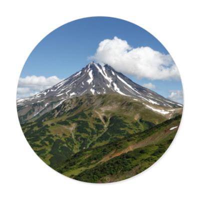Виниловые наклейки Пейзаж полуострова Камчатка: лето, вулкан и горы
