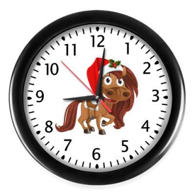 Настенные часы Часы настенные с лошадкой