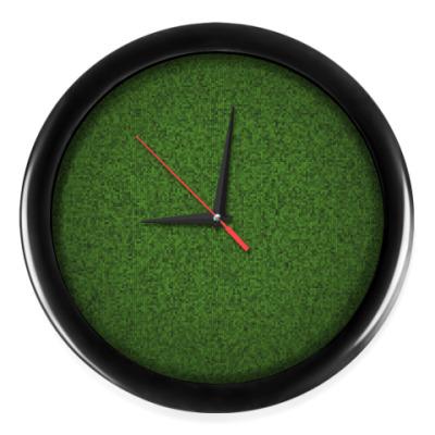 Настенные часы Трава из пикселей