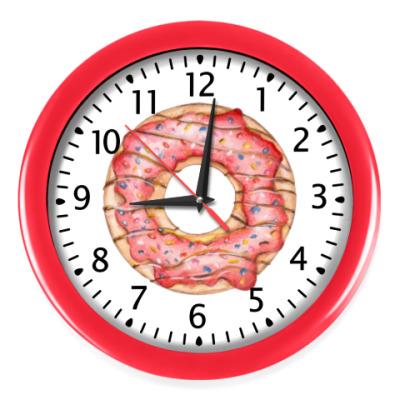 Настенные часы сладкая иллюстрация с пончиком