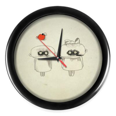 Настенные часы Он и Она