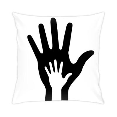 Подушка HANDS