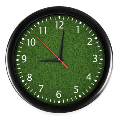 Часы Трава из пикселей