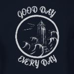 маяк и море
