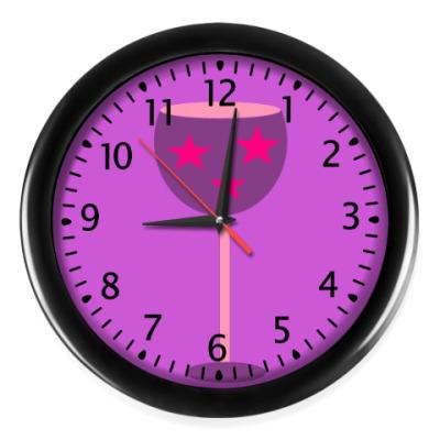 Настенные часы Время веселья
