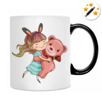 Девочка и медвежонок