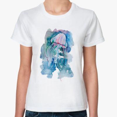 Классическая футболка Медуза на глубине