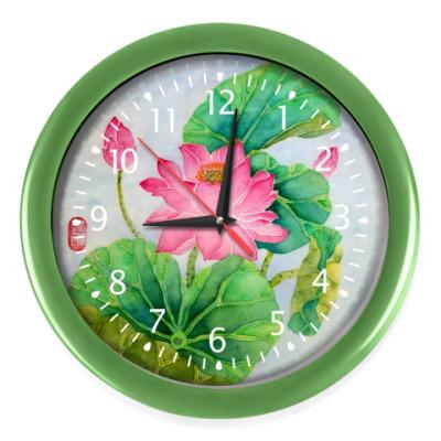 Настенные часы Лотосы